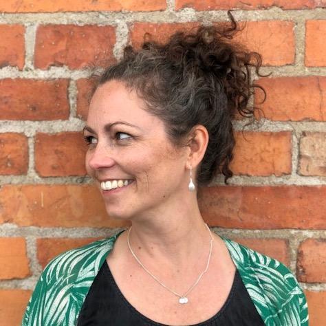 Lotta Saxe, jobbcoach inom marknad och kommunikation på Knack