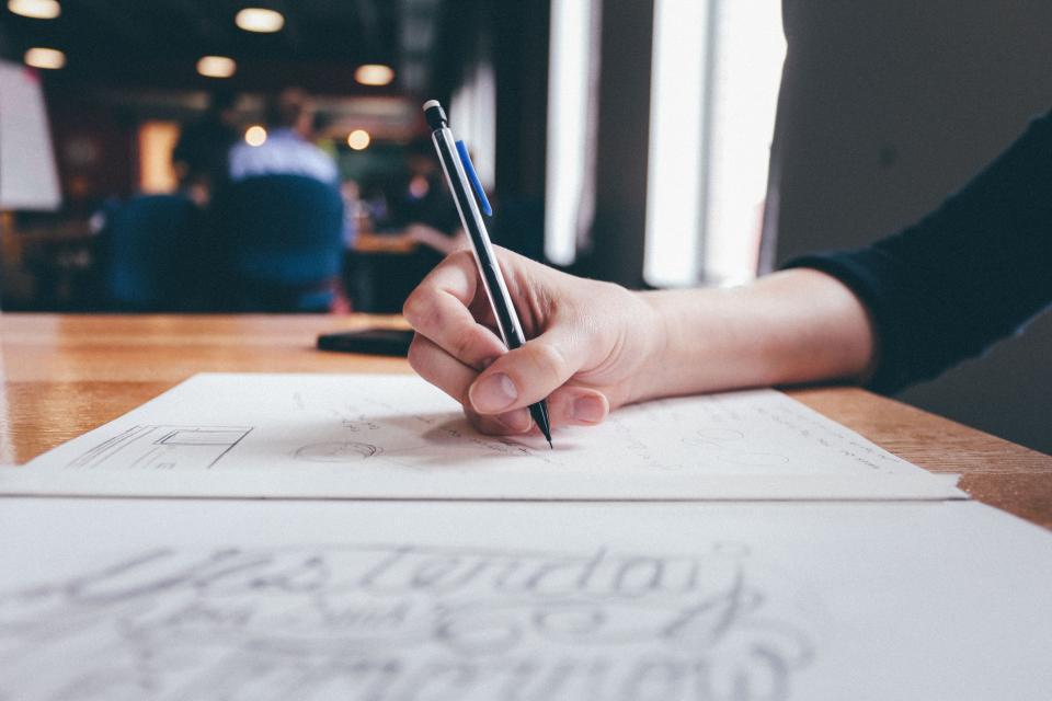 Hitta rätt kreatör med praktiska kunskapstester