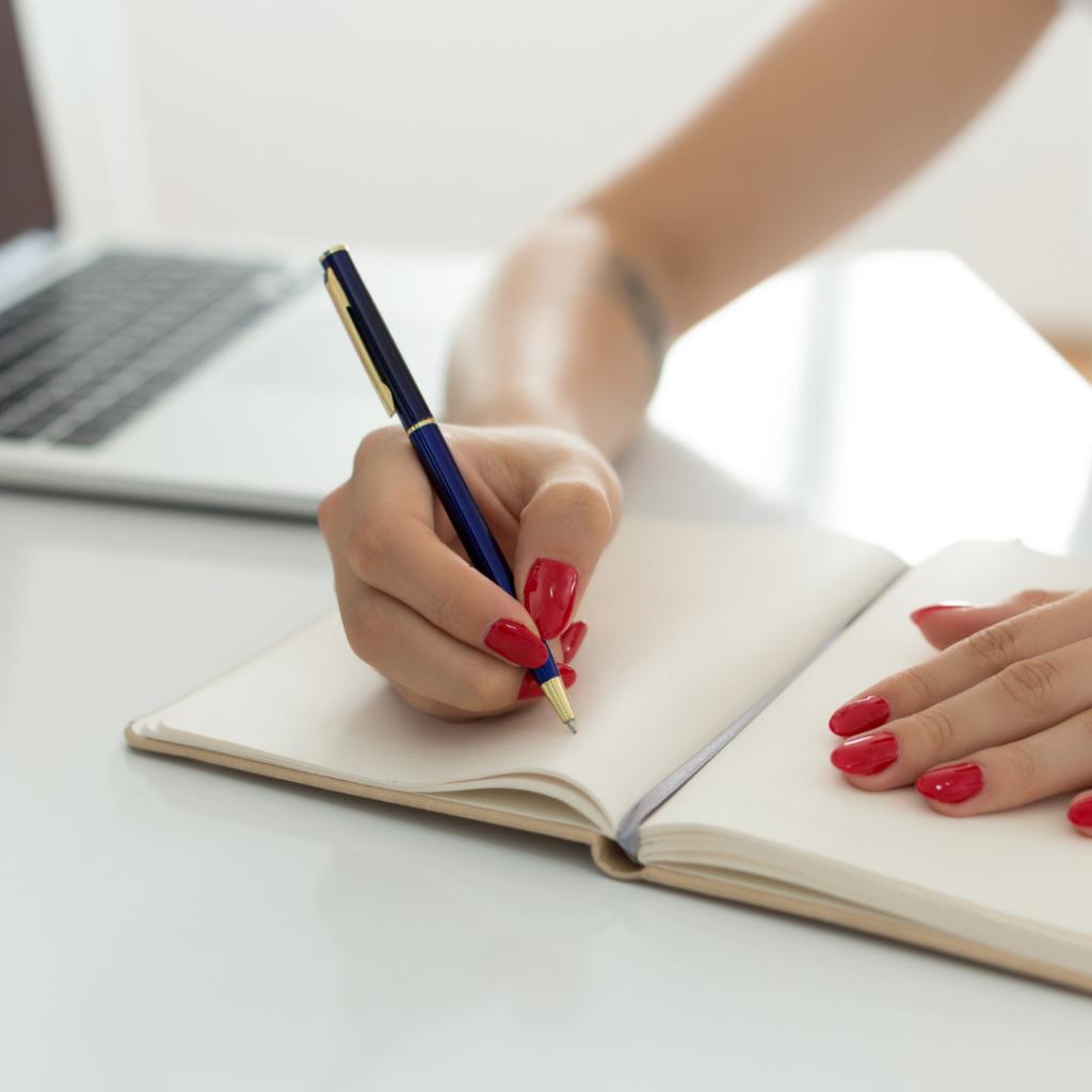 konsult inom copywriting, content management, ux writing